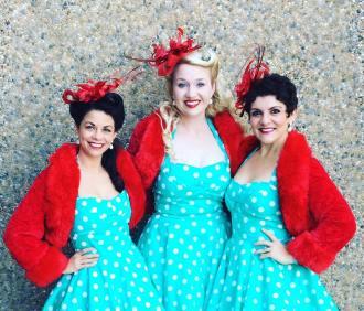 Denver Dolls Nostalgic Carolers 2017